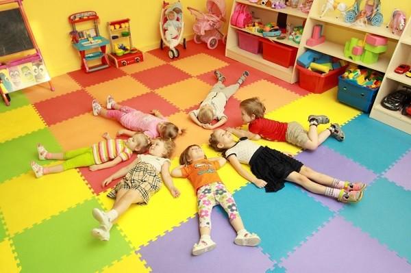 адаптацию к детскому саду:
