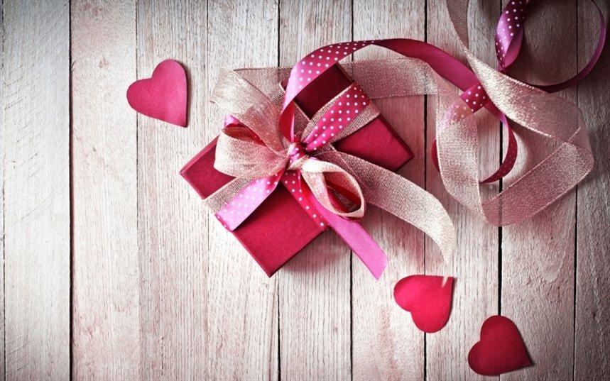 Ищем подарки к 8 марта