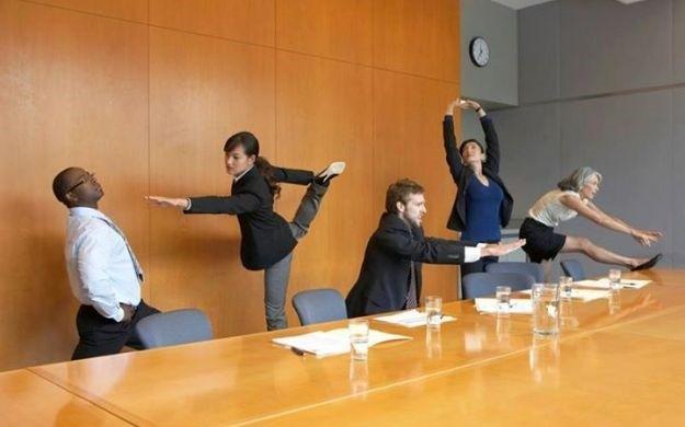 Незаметная для всех гимнастика в офисе картинки