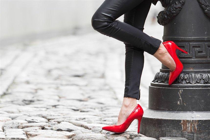 С чем носить туфли-лодочки
