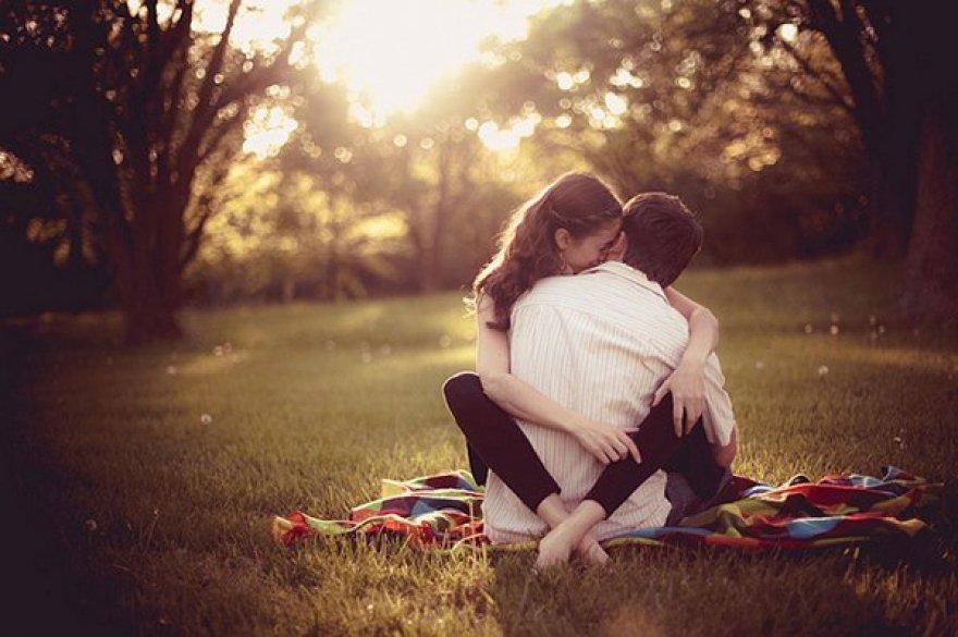 Картинки влюбленная пара с надписью люблю тебя