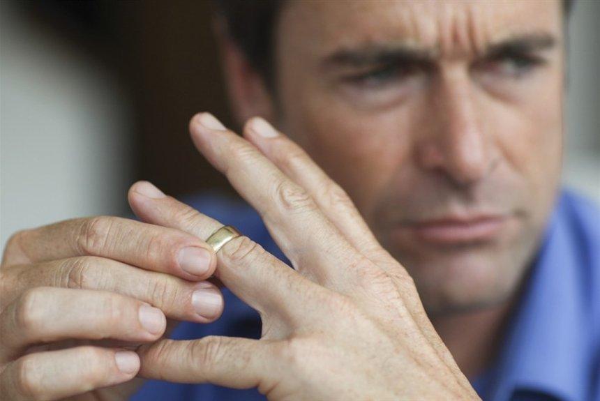 Почему разведенные мужчины не спешат повторно жениться