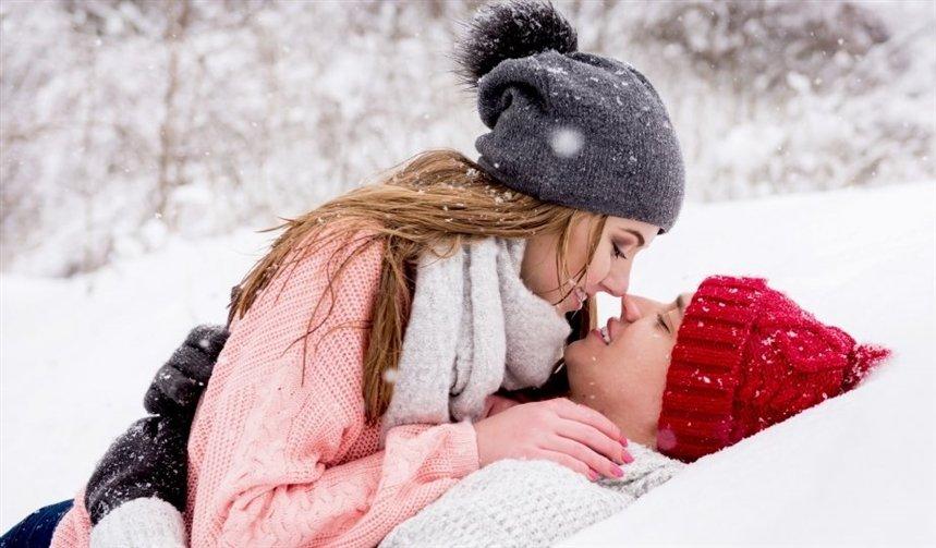 Жаркие позы секса для холодной зимы