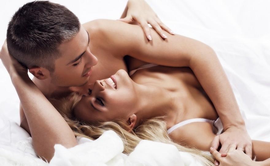 Эротический день пары один украинской
