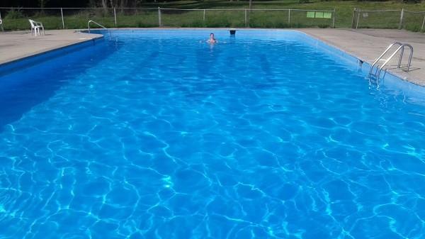 бассейн в усадьбе