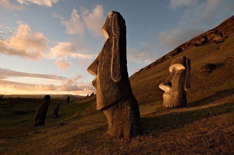 Памятники Моаи остров Пасхи
