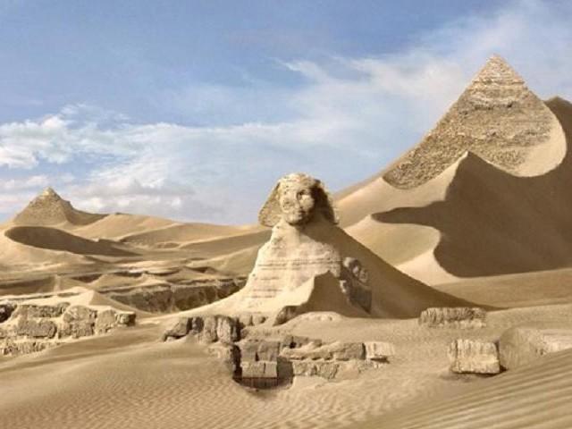 пирамиды простоят еще тысячи лет