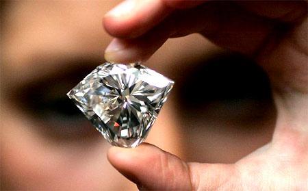 0a1fc40ab402 15 признаков отличить настоящий бриллиант