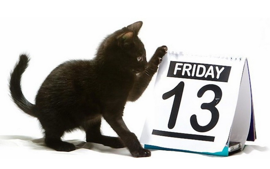 черная кошка и пятница 13 на календаре